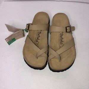 Betula sandal. NWT.